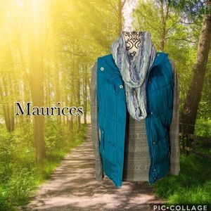 E/Maurices teal vest w/Long sleeve Tee & scarf